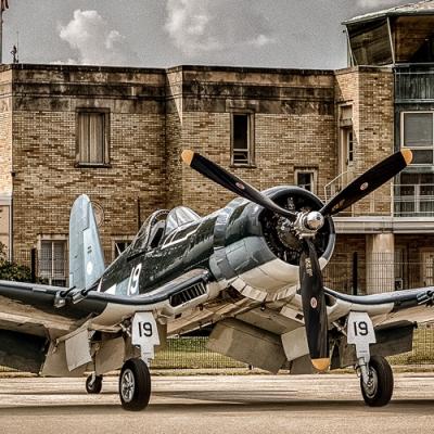 F4U Corsair - Welcome to Cincinnati